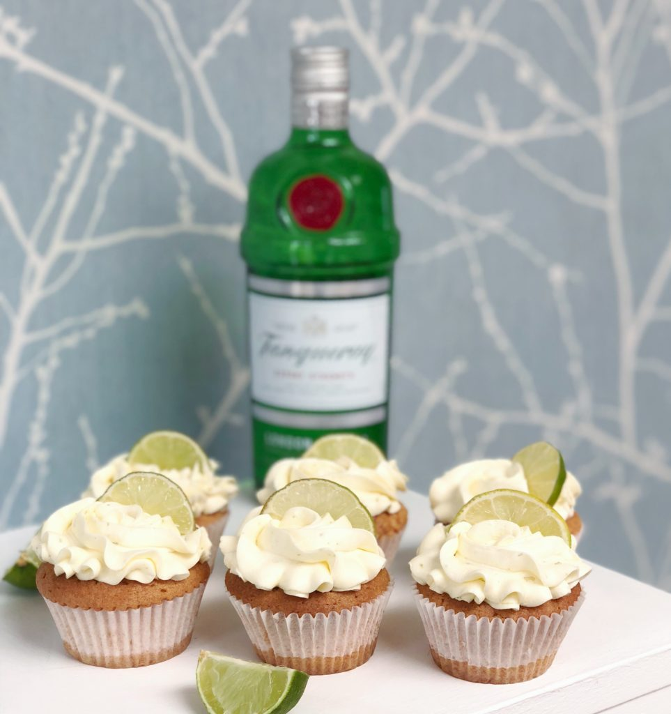 gin, tonic, cupcakes, baking, dating